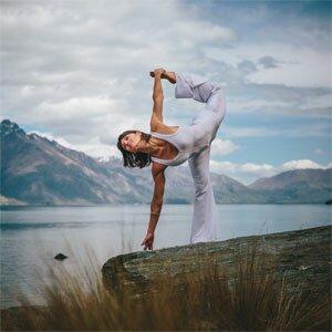 Yoga-tox Me